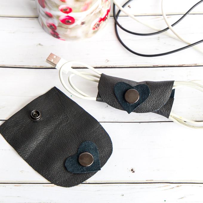 leather cord organizer