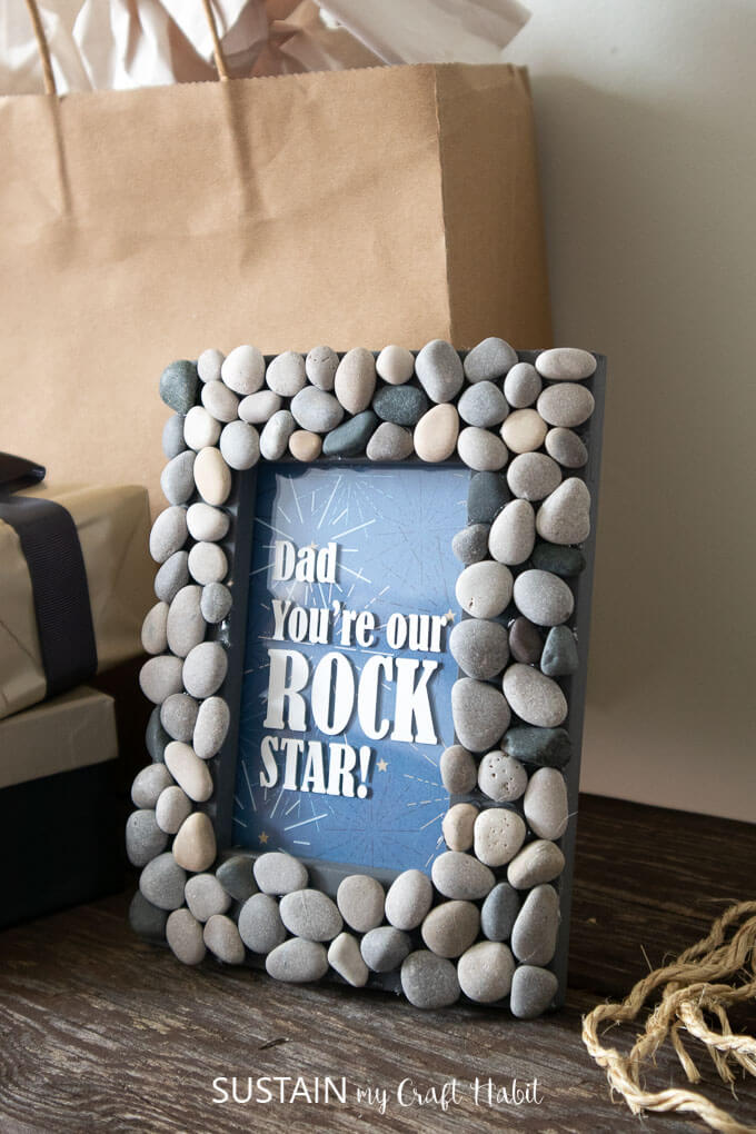 Rock photo frame