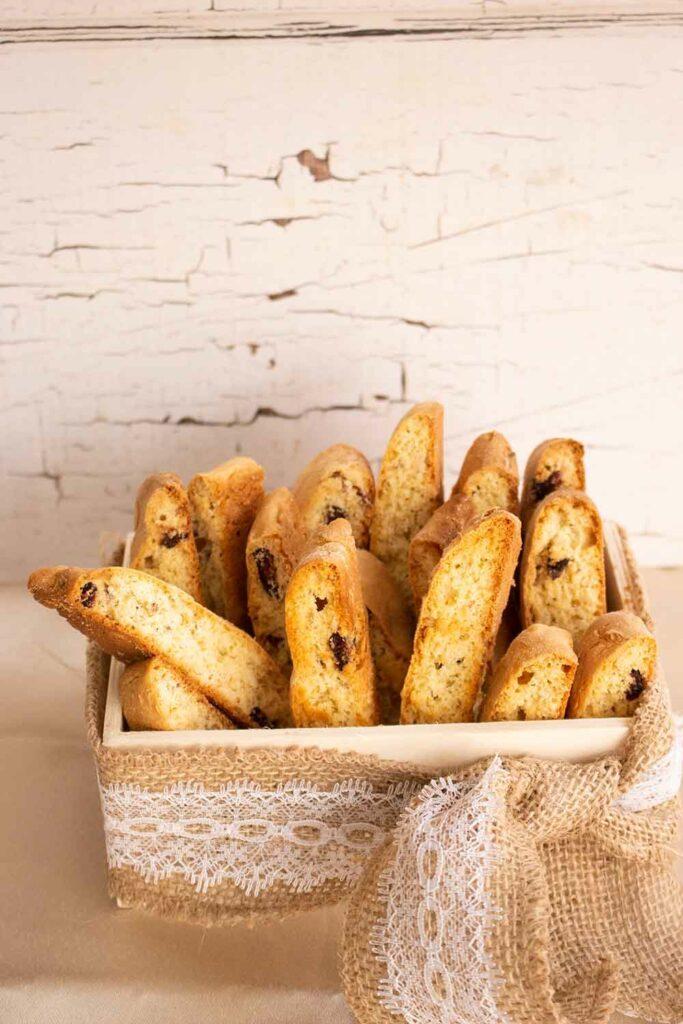 italian-almond-biscotti
