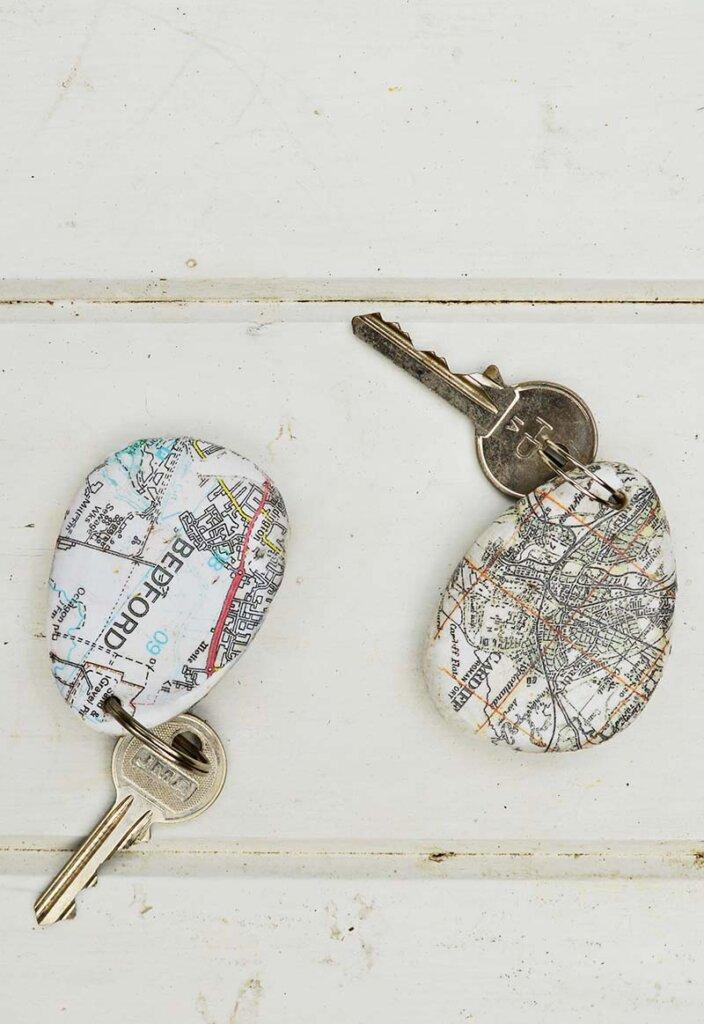 Map rock keychain