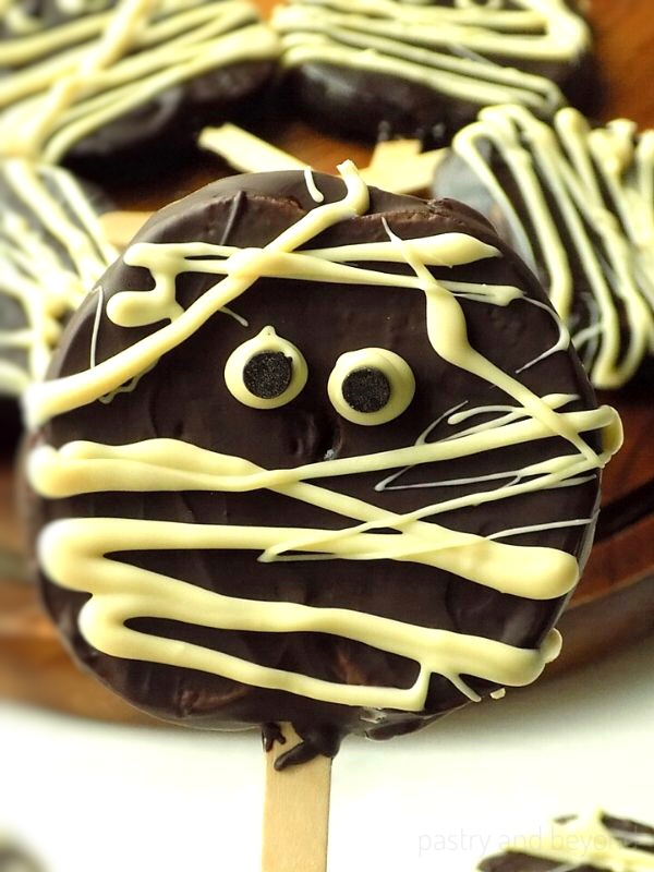 Chocolate-covered apple slices