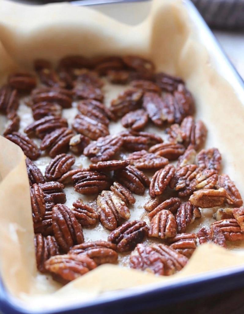 Maple cinnamon pecans