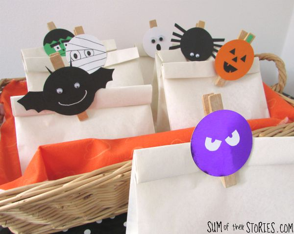 Gift bag toppers