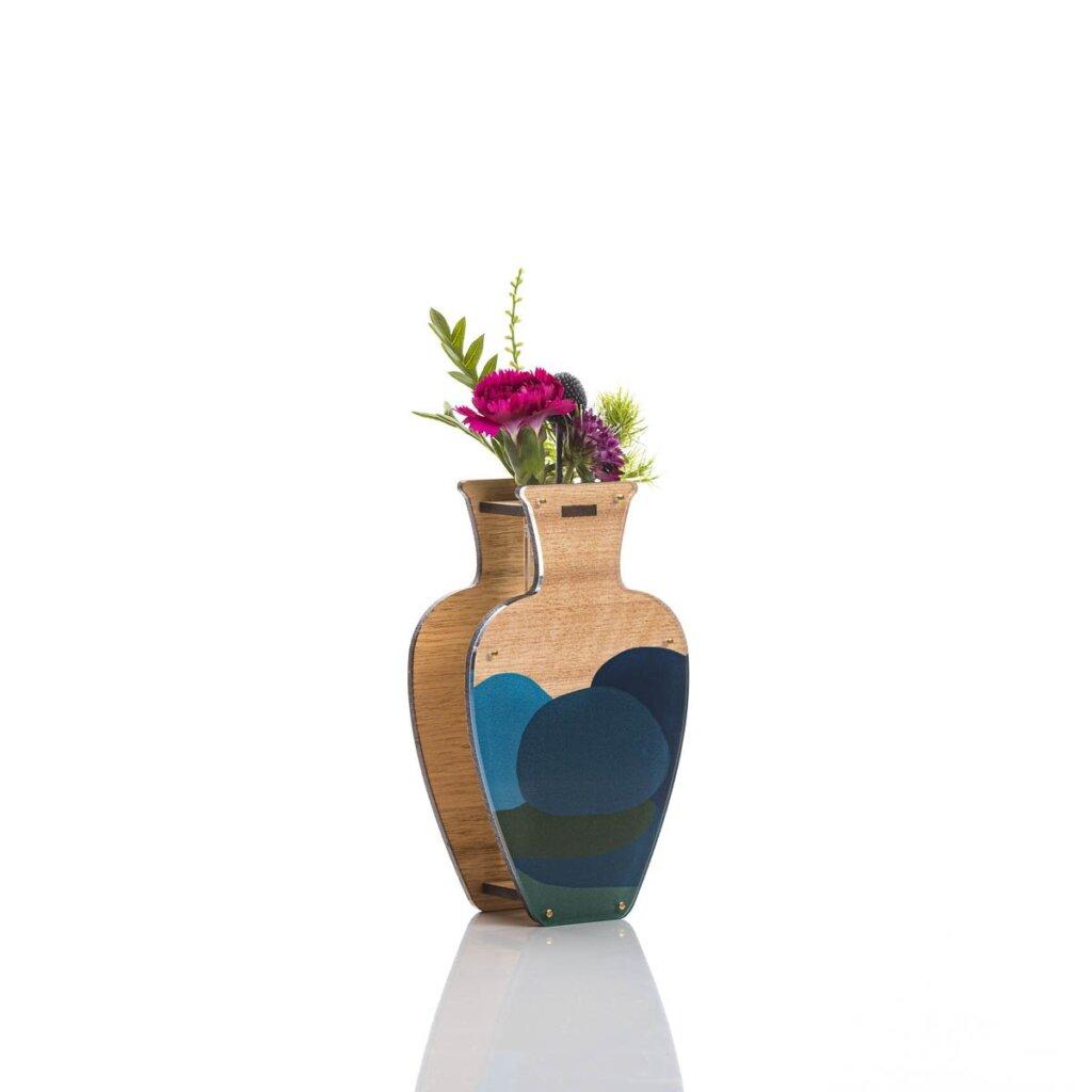 Minimalistic vase