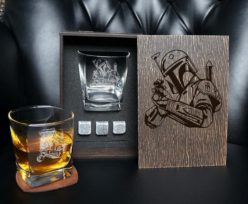 Mandalorian whiskey gift set