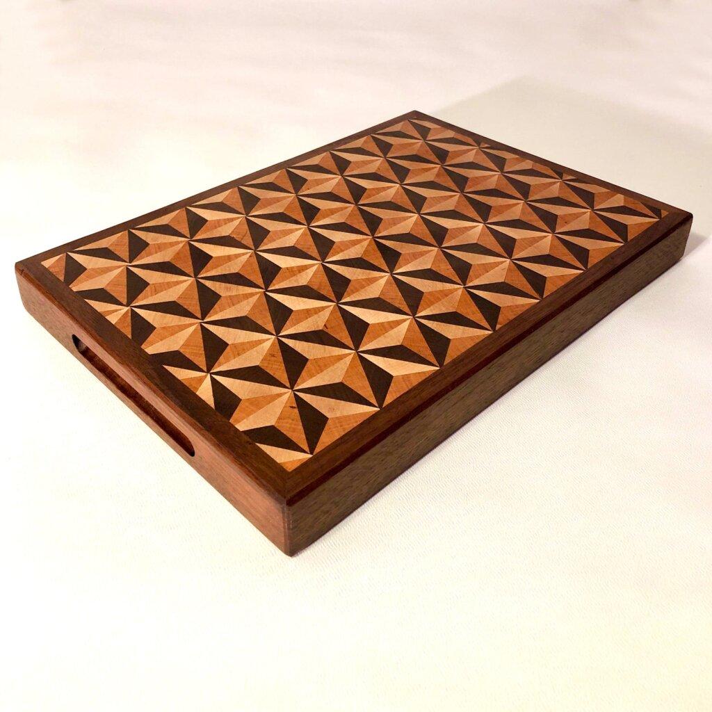 Sphere design cutting board